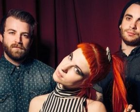 """New York Times publica review sobre o álbum """"Paramore"""""""