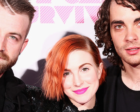 Fotos e vídeos: Paramore se apresenta no festival We Can Survive