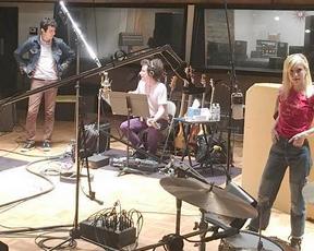 Zac Farro esclarece que está com o Paramore apenas para gravações