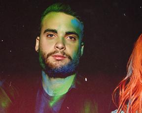 """Paramore alcança seu primeiro Top 10 da Billboard com """"Ain't It Fun"""""""