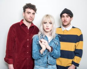 Big Issue North publica Q&A com o Paramore
