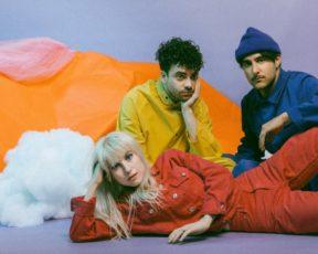 Paramore divulga versão edit de Fake Happy