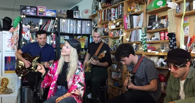 Paramore se apresenta no Tiny Desk Concert da NPR