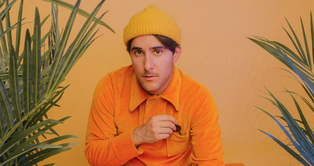 "HalfNoise lança novo videoclipe; assista ""Scooby's in the Back"""