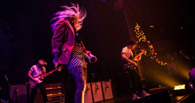 Paramore se apresenta no Big Snow Show, em Milwaukee (01/12)
